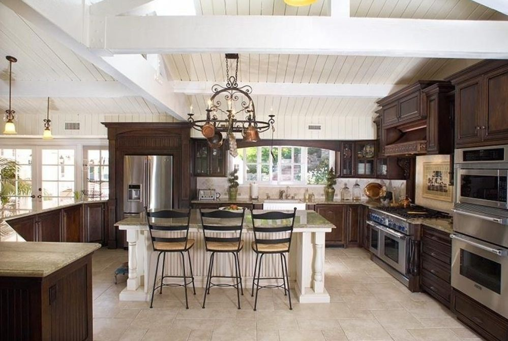 Miley's Hidden Hills kitchen